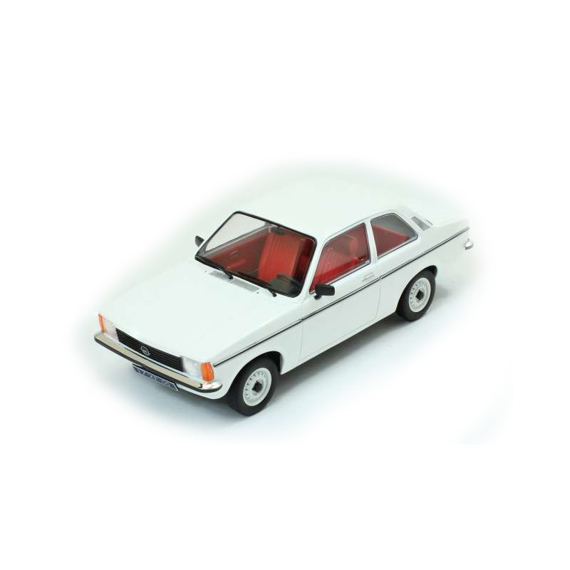Opel Kadett C2 1977 2 Door - White 1:18 TRIPLE9 T9 1800120