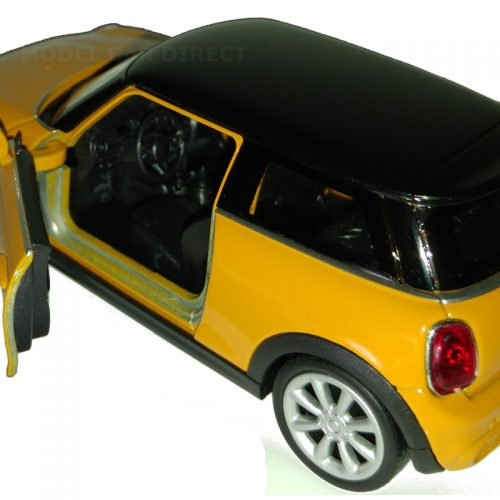 MINI Hatch NEW - Volcanic Orange 1:38 WELLY WEL 43696VO